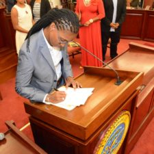 It's Over: Janelle Sarauw Is Sworn In As 15th Senator Of 32nd Legislature